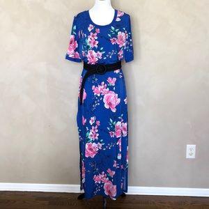 G.I.L.I floral maxi dress